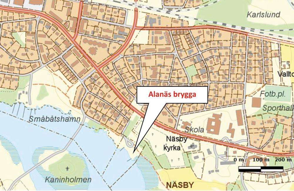 Kartbild över Frövi med pil som markerar platsen för Alanäs brygga.