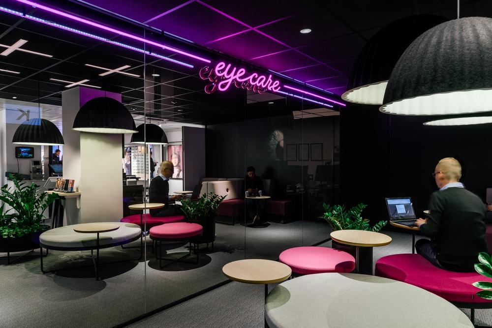 Smarteyes flagship store på Kungsgatan 34 i Stockholm.