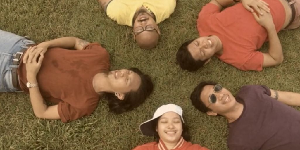 Giniling Festival help out a heartbroken friend in new 'Mas Mababaw, Mas Maligaya' music video – watch