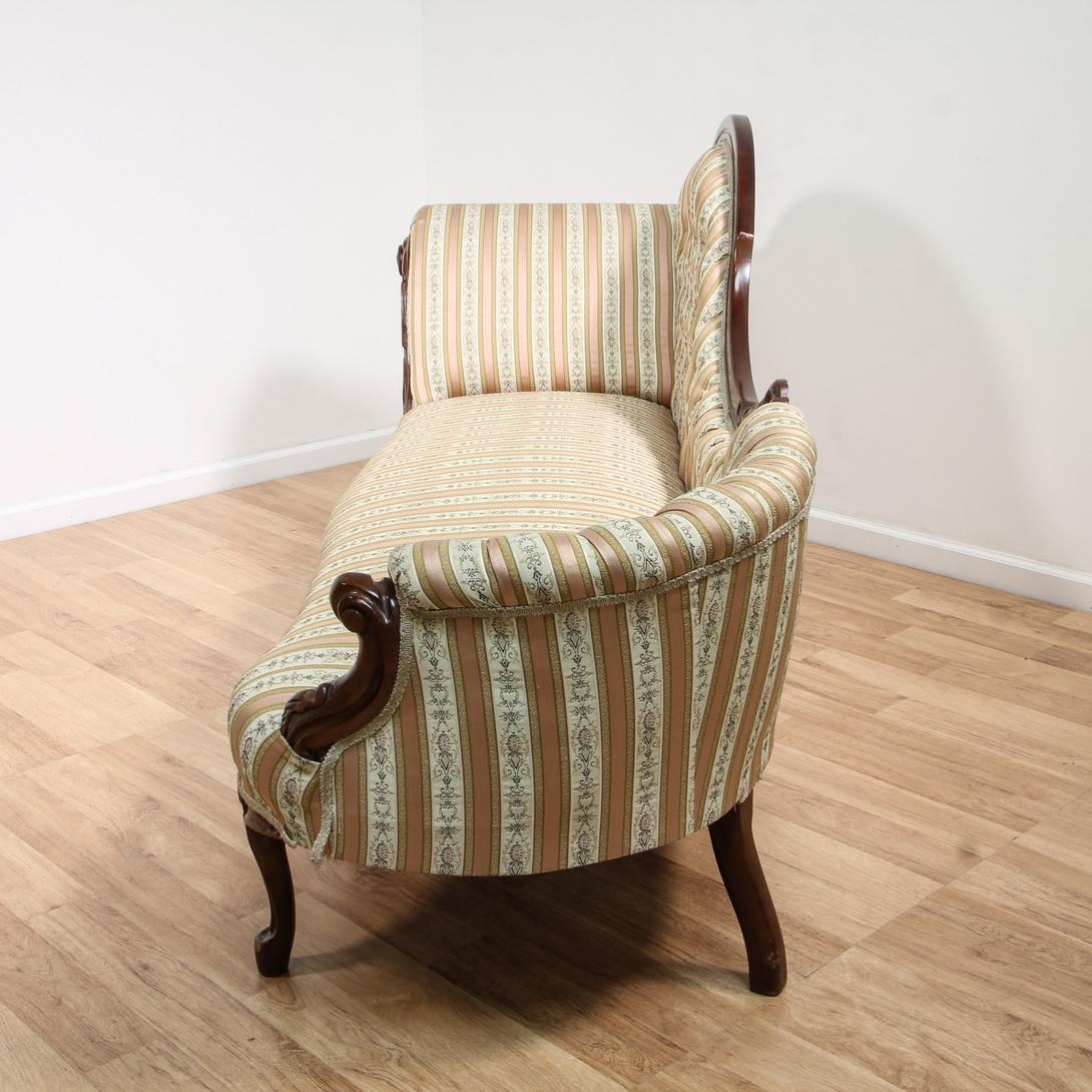 Victorian Tufted Recamier Sofa Settee