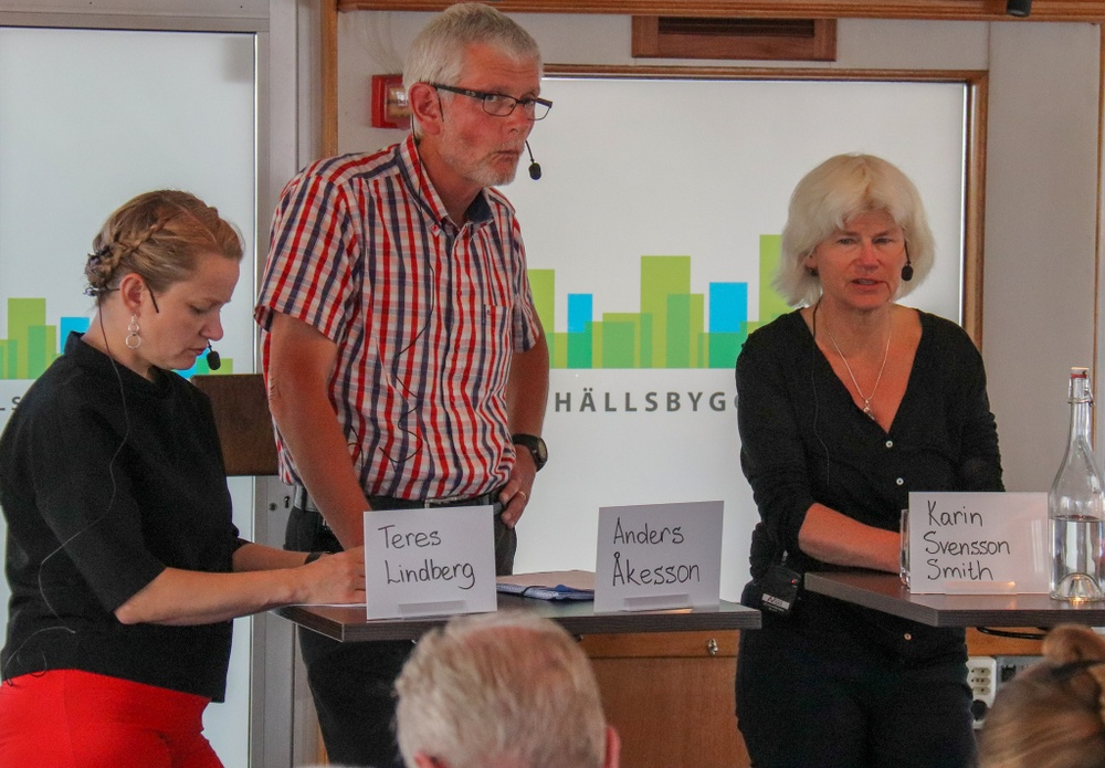 Teres Lindberg, Anders Åkesson och Karin Svensson Smith i panelsamtal.
