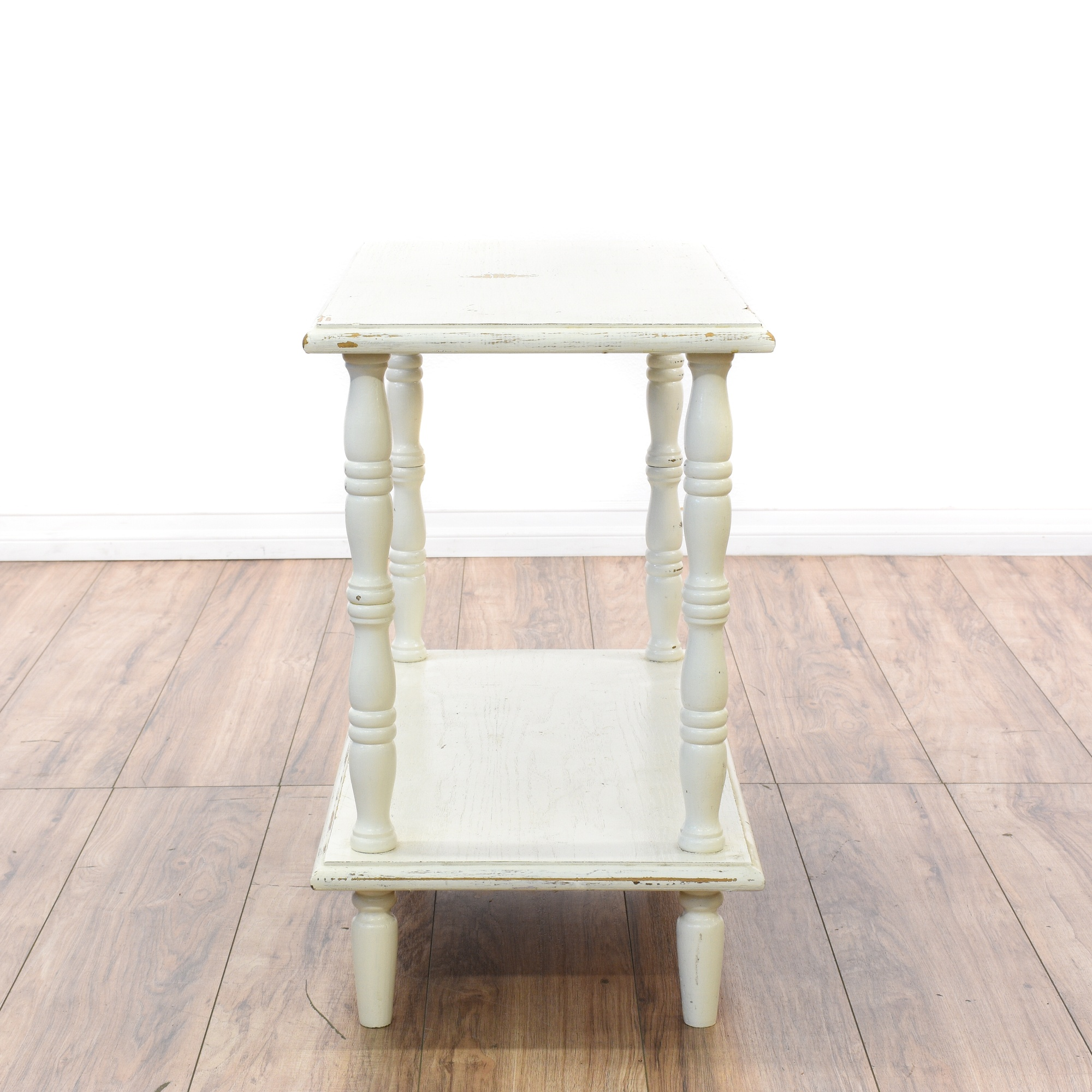 shabby chic white end table 28 images vintage distressed white