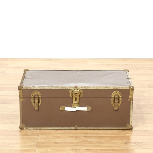 Brown brass vintage trunk loveseat vintage furniture for G furniture los angeles