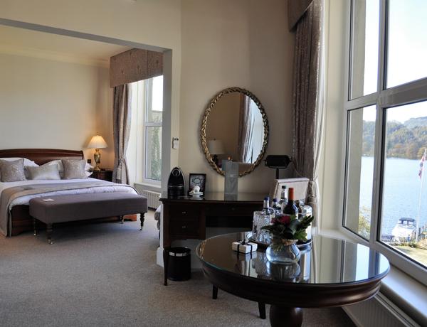 macdonald-old-england-hotel