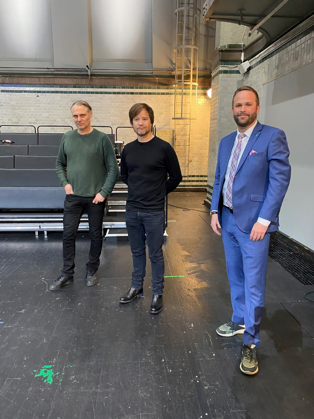 Mattias Andersson, konstnärlig ledare Dramaten, Johannes Öhman teaterchef Dansens Hus och Jonas Naddebo kultur- och stadsmiljöborgarråd Stockholm stad.