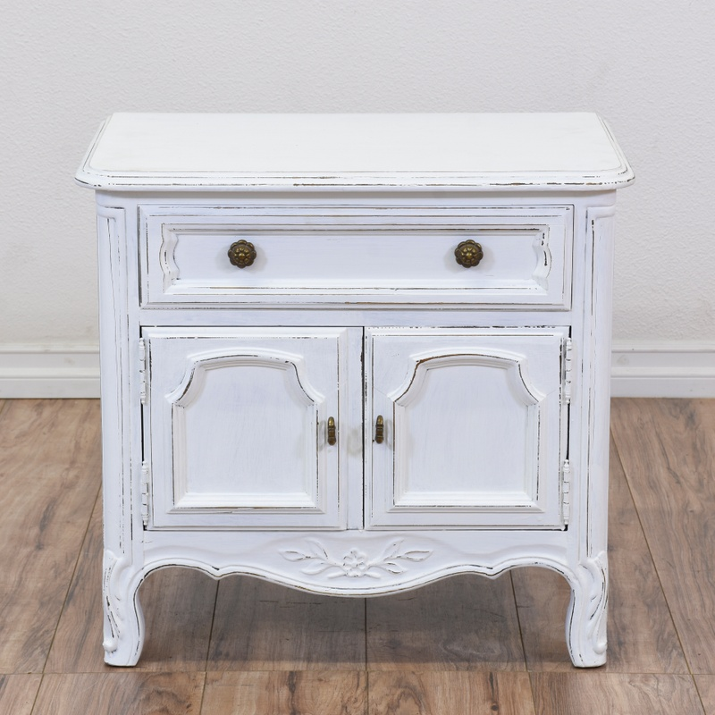 """Drexel Heritage"" White Shabby Chic End Table"