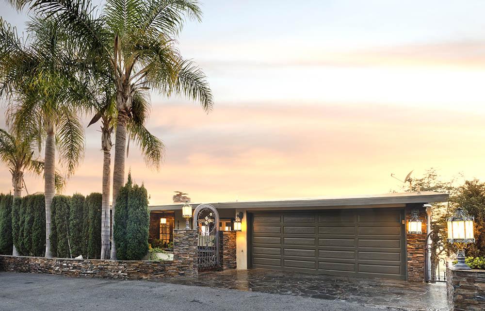 965 Coast View Drive