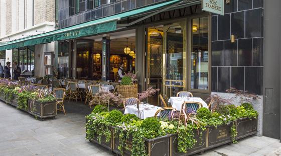 ivy-soho-brasserie-exterior