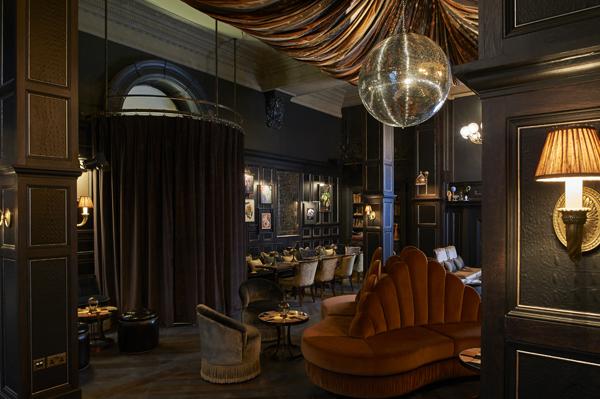 Fitz's Bar