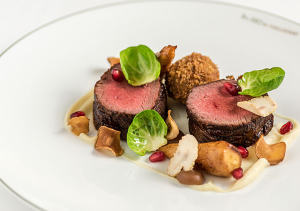Roasted loin of venison, roasted parsnips,</p><p>chestnut, pomegranate
