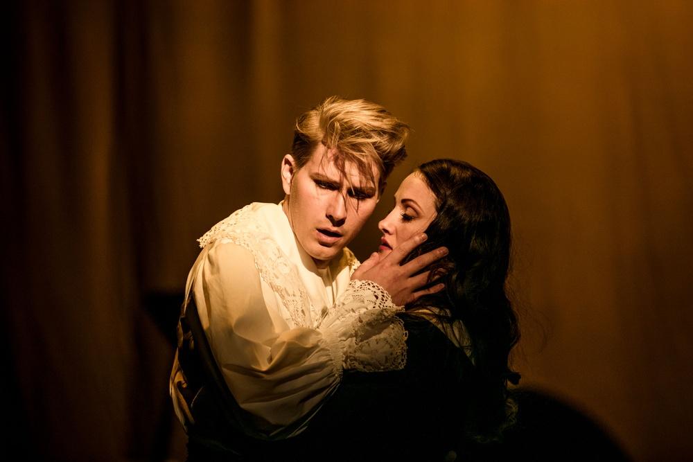 Albert Strömming (Albert Herring) - Ole Aleksander Bang Nadja Wassberg, konditorbiträde (Nancy) - Rebecca Fjällsby