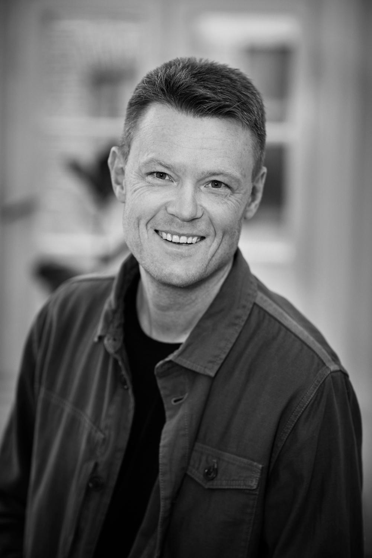 Författarporträtt: Niklas Kämpargård