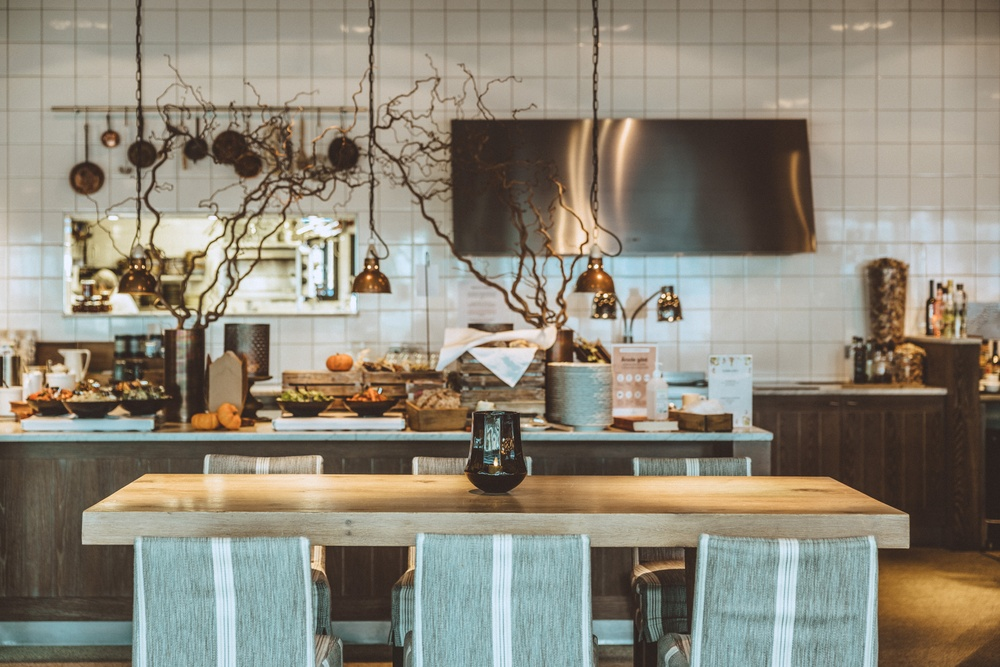 Restaurant Bistron. Photo: Anders Karolyi