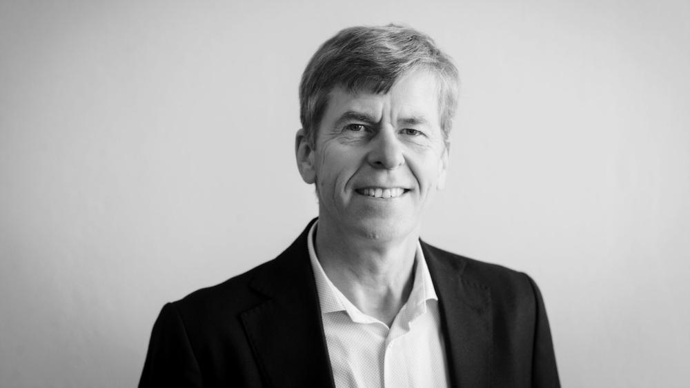 Thomas Sundberg är konsult och egenföretagare med lång erfarenhet av att arbeta med tjänsteutveckling och att stötta företag.
