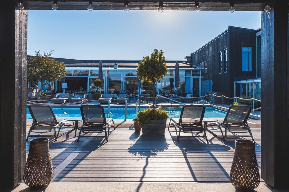 Outdoor pool & terrace. Photo: Anders Karolyi