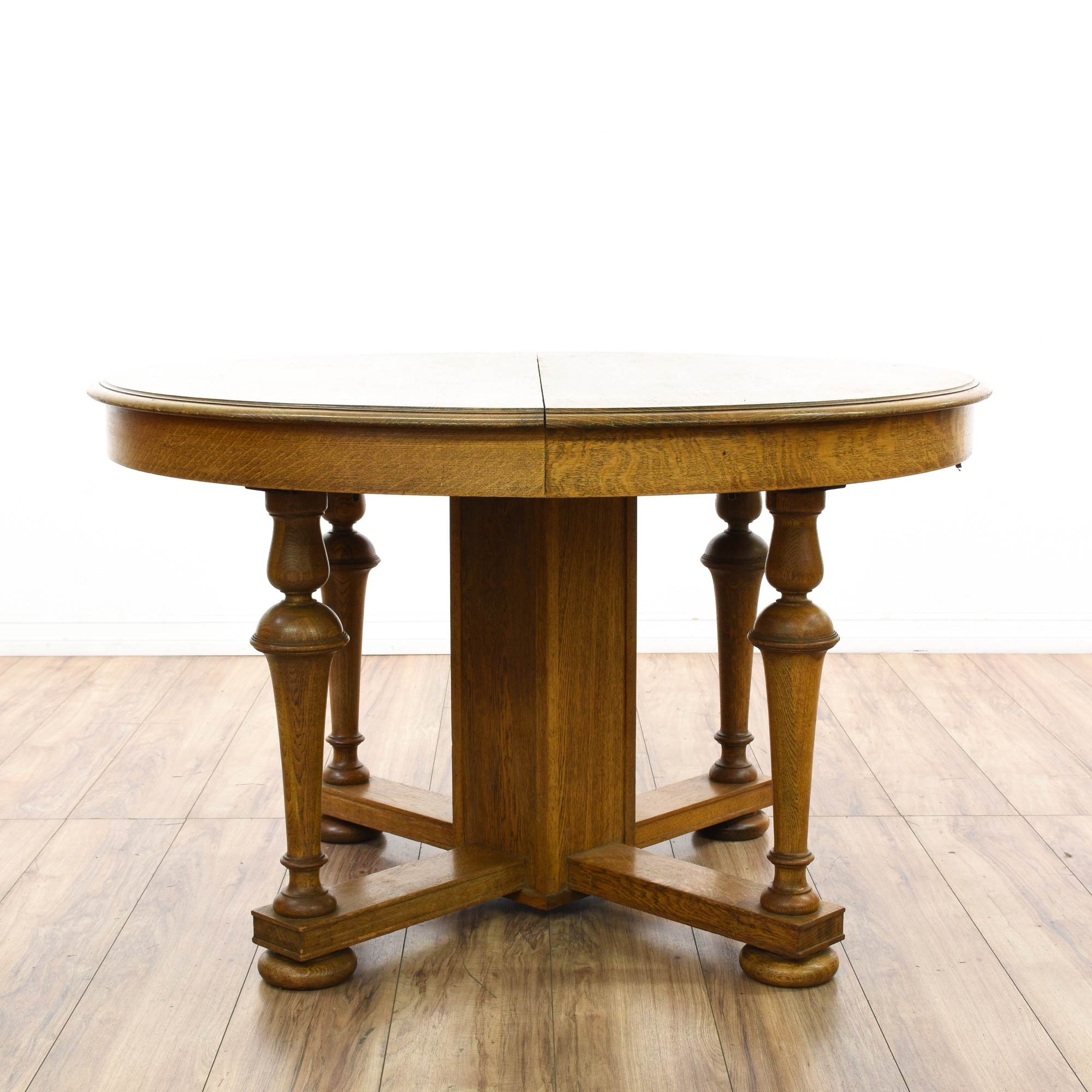 Round Turned Quarter Sawn Oak Dining Table Loveseat