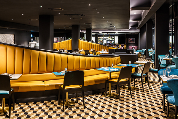 mercure-edinburgh-city-princes-street-bar-and-brasserie-01-hr-230818