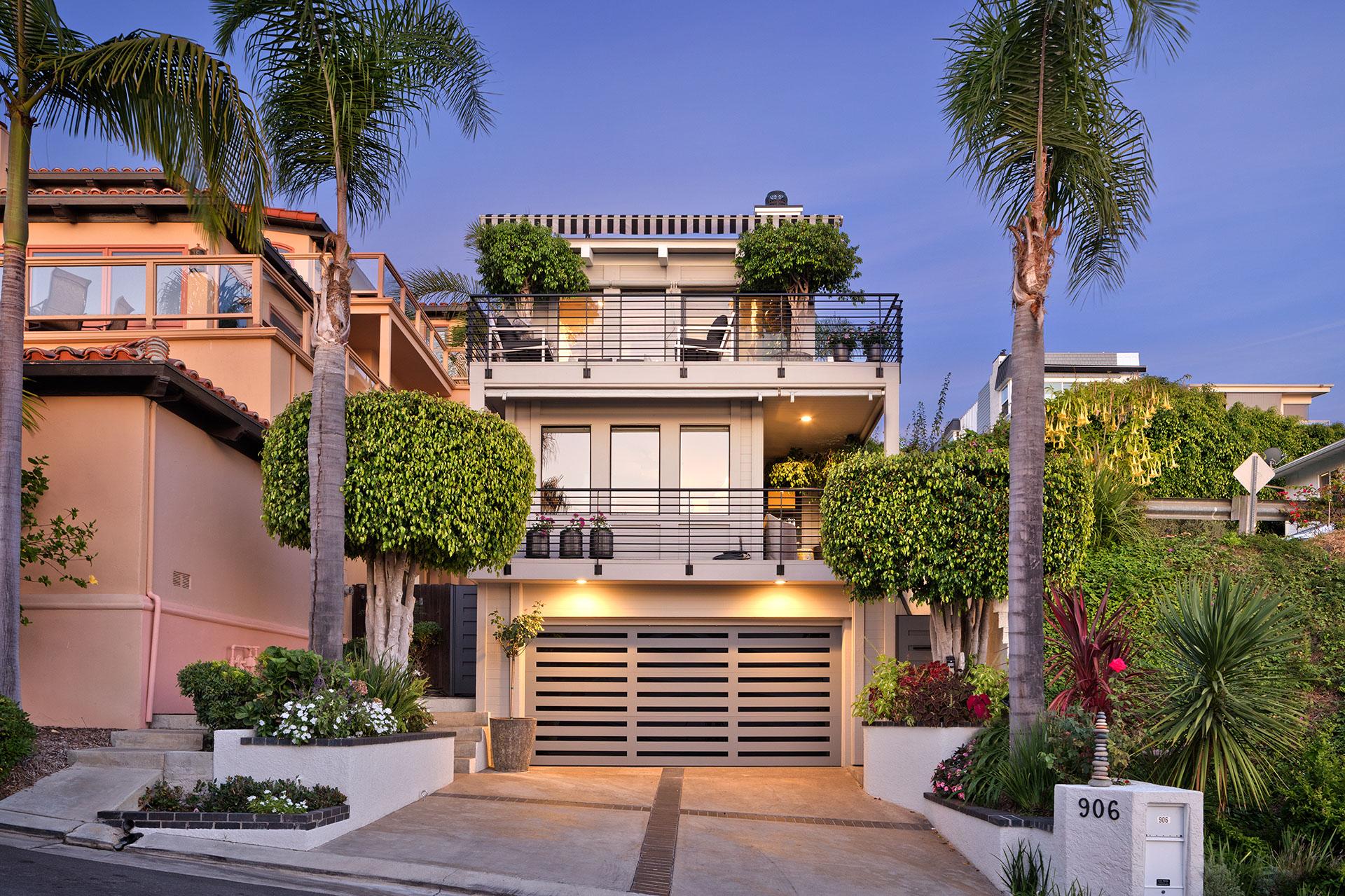 906 Baja Street
