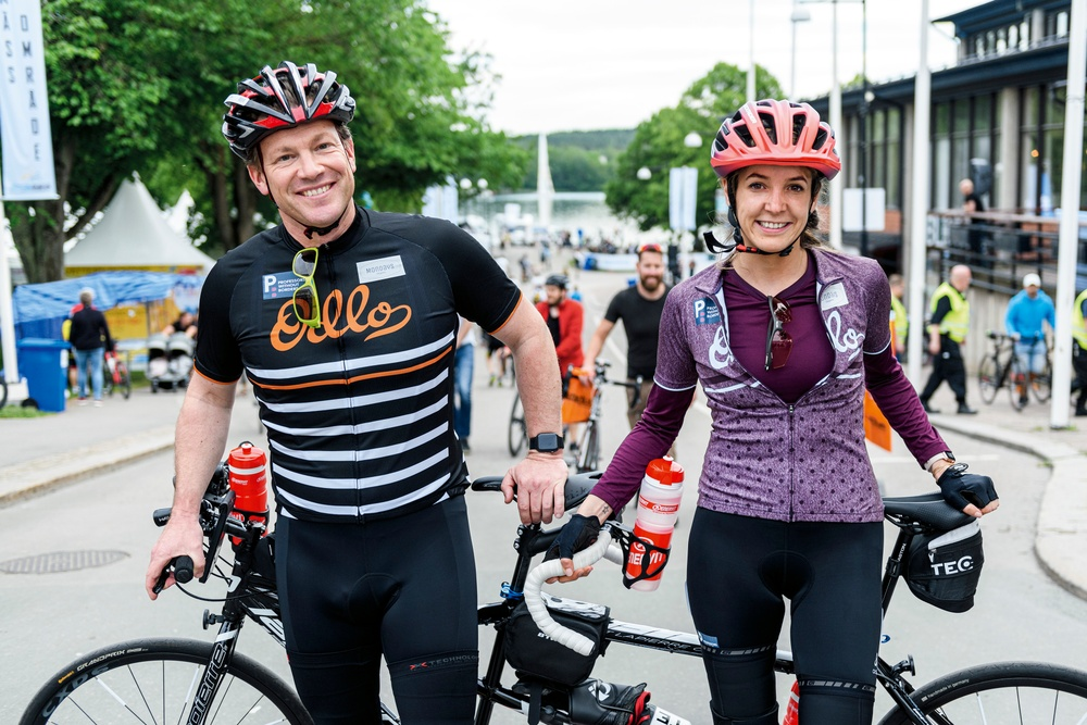 Prinsessan Tessy och Luxemburg och Frank Floessel en stund före starten i Vätternrundan 2019. Foto: Petter Blomberg