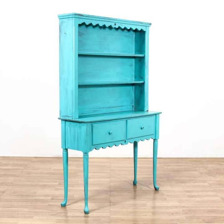Vaisselier Etroit: Monterey Style Light Wood Narrow China Cabinet