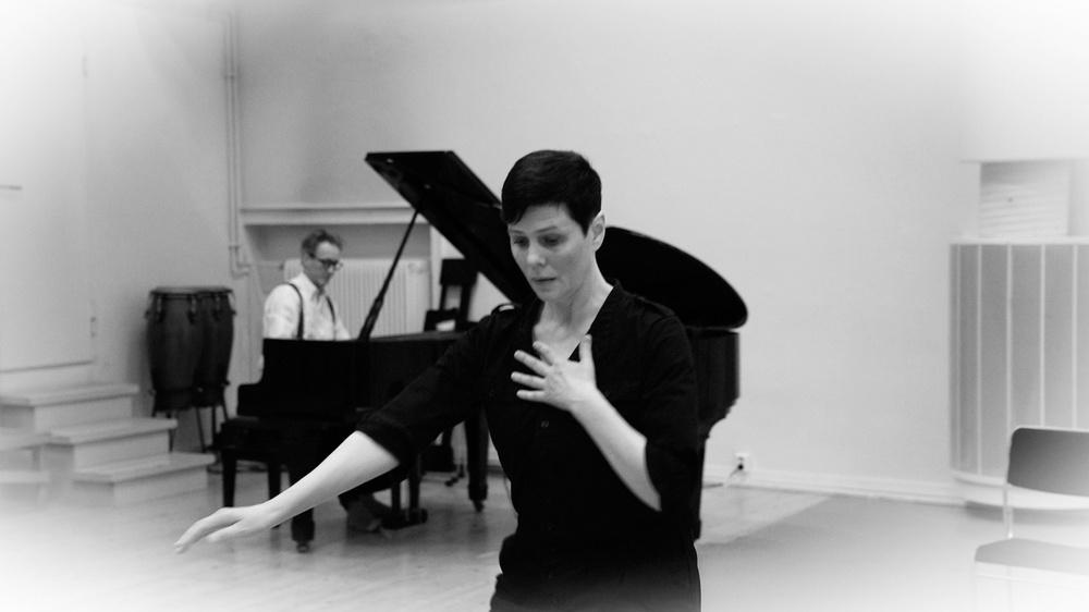 Koreografen och dansaren Teresia Björk och musikern/kompositören Matti Bye. Foto: Magnus Skoglöf