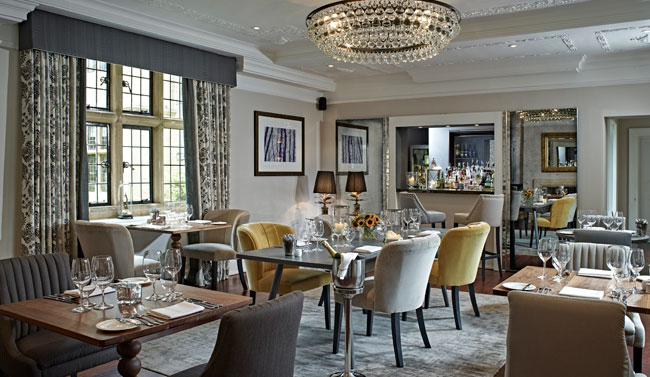Foxhill Manor dining room