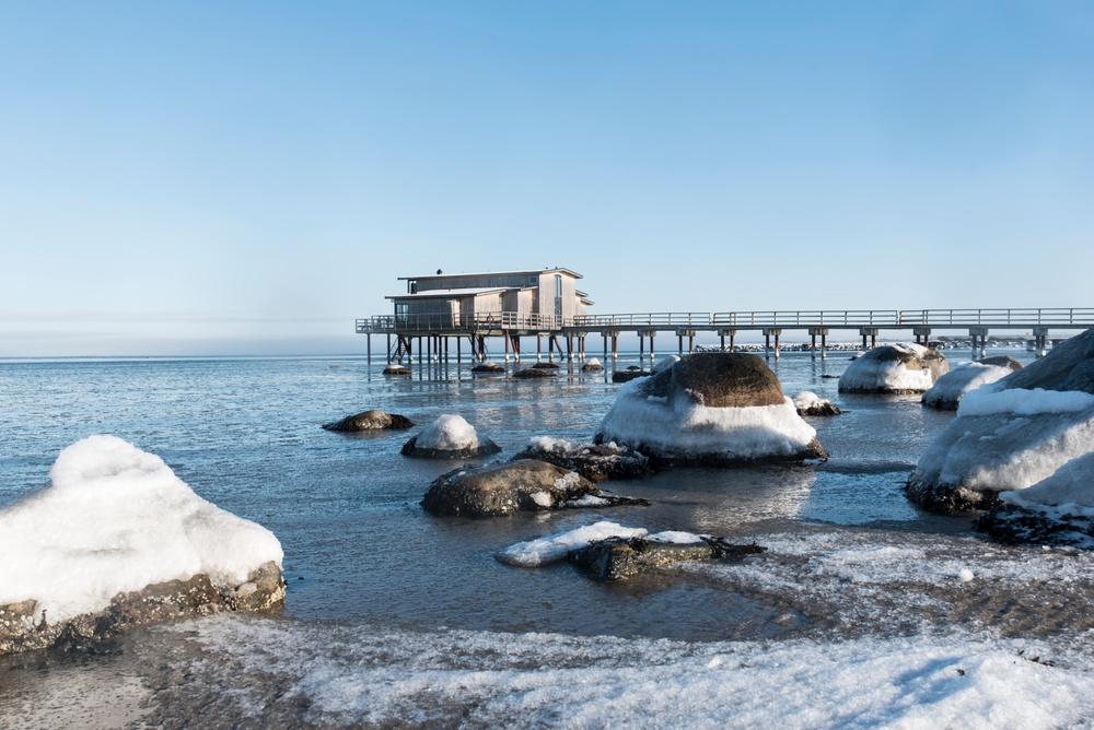 Vinterbild på Kallbadhuset i Båstad.