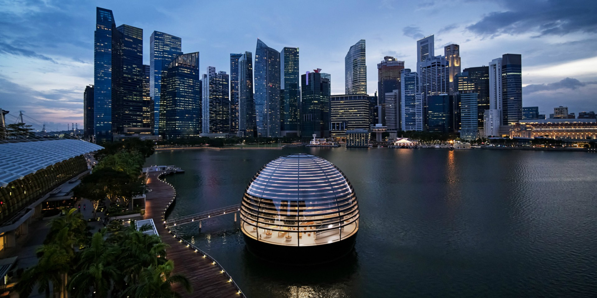 Apple unveils floating store at Marina Bay Sands with underwater boardroom and video wall