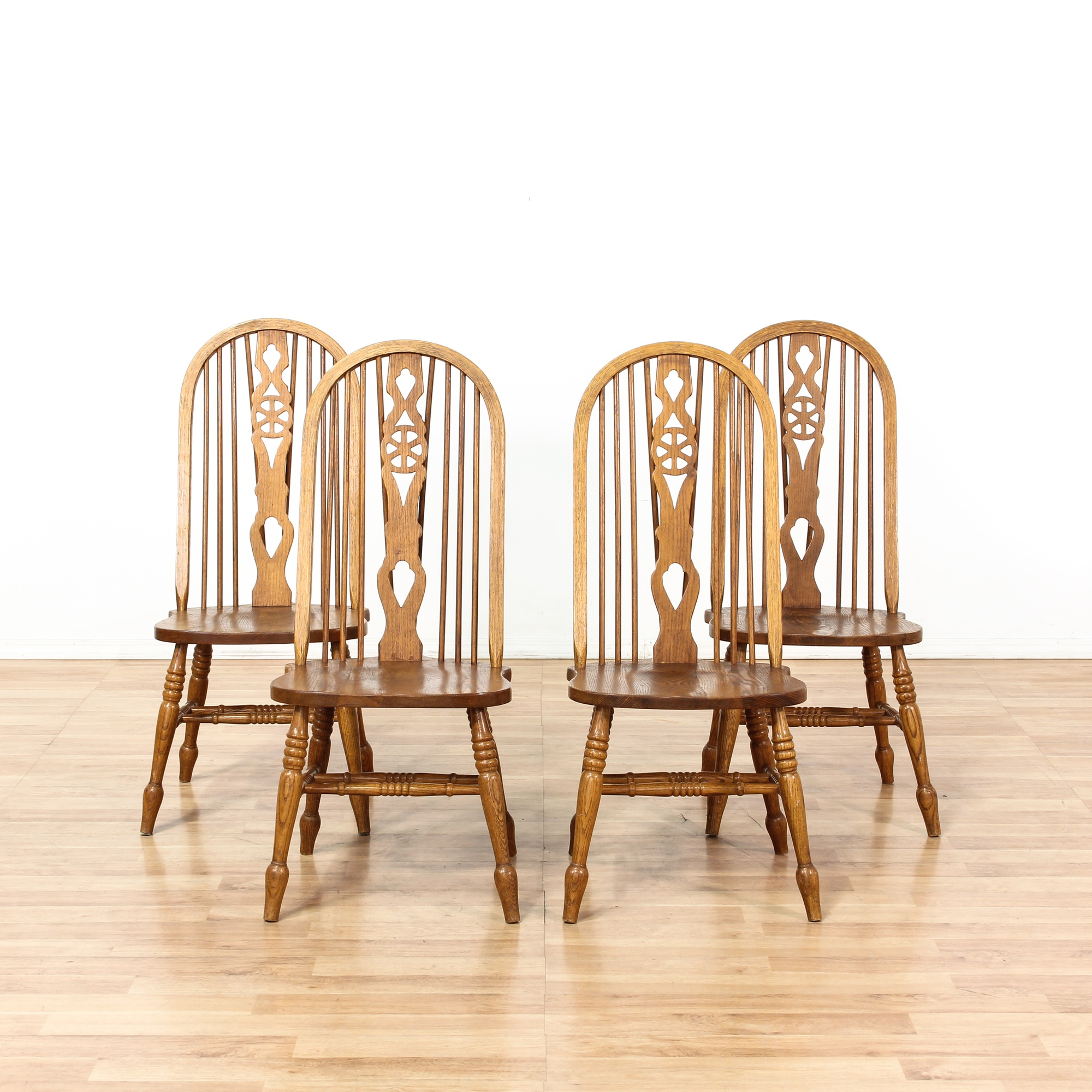 set of 4 wagon wheel back wooden dining chairs loveseat vintage