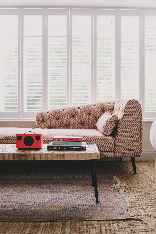 Hampton Manor, Audio Pro T3