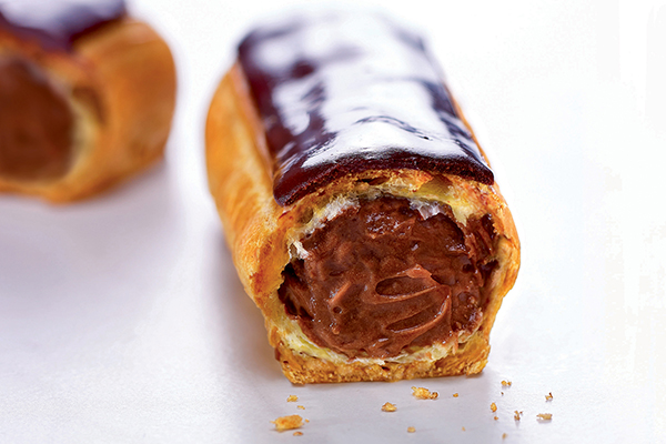 Brioche Pasquier chocolate eclair