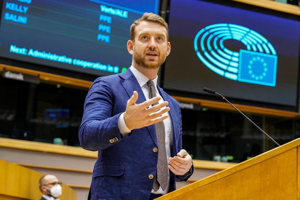 Jakop Dalunde (MP), EU-parlamentariker, ny förhandlare för EU:s utsläppshandel.