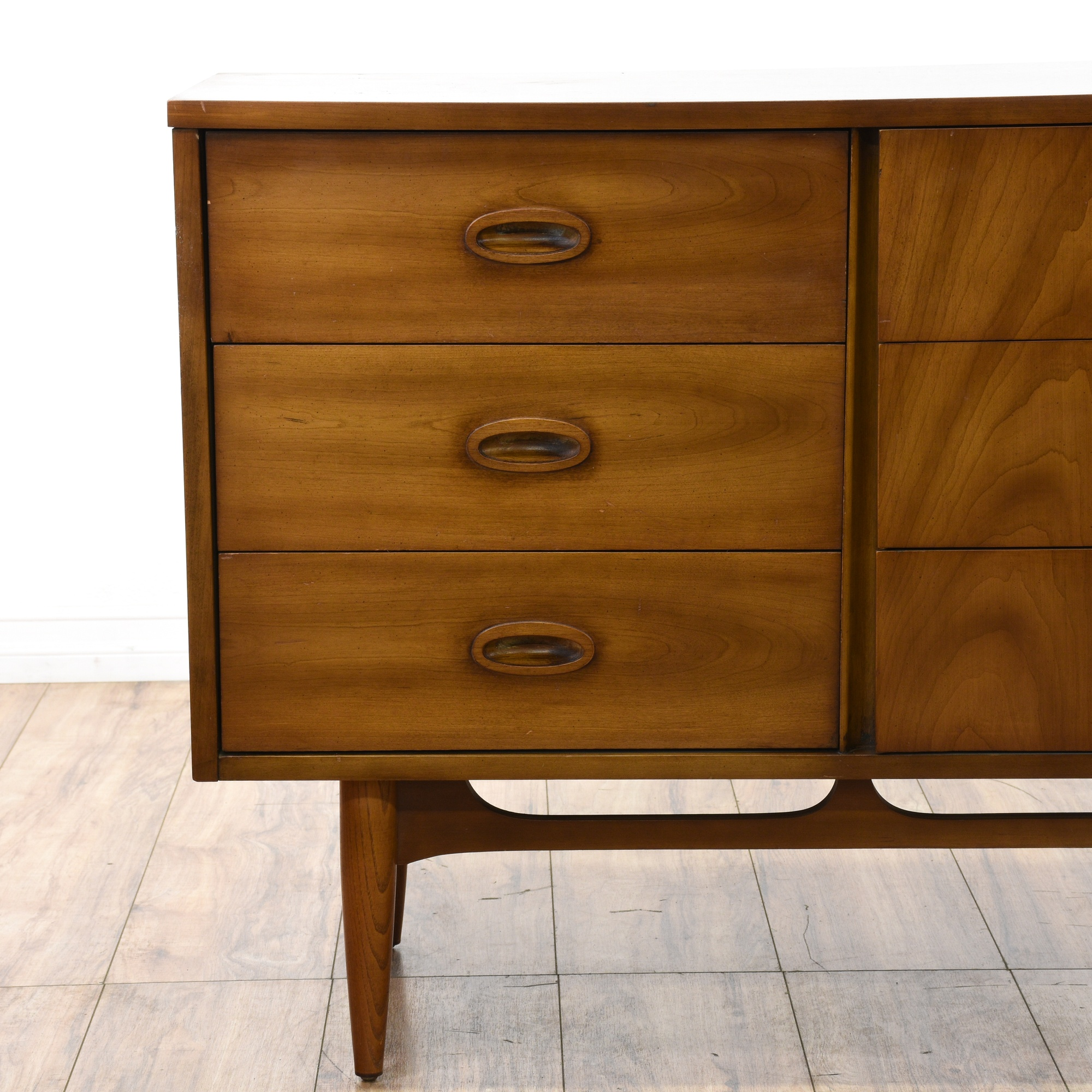 dixie mid century modern walnut dresser loveseat vintage furniture san diego los angeles. Black Bedroom Furniture Sets. Home Design Ideas