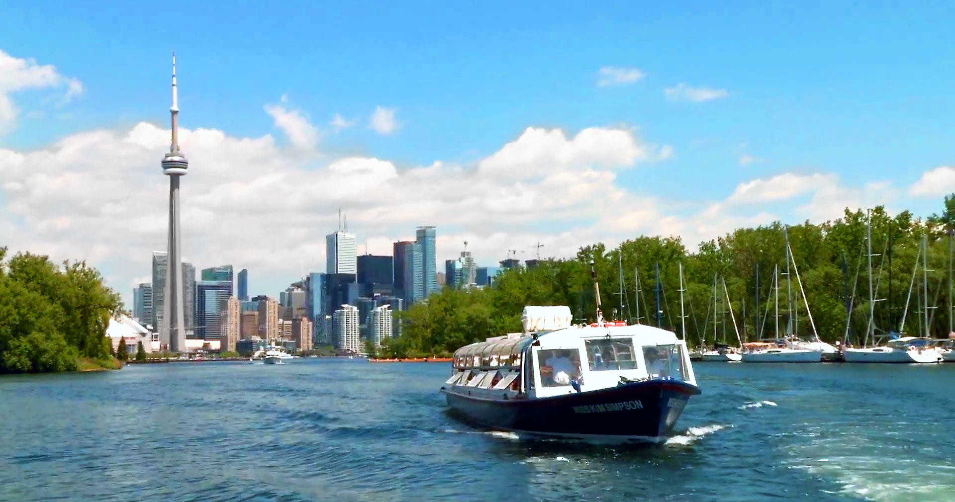 Toronto Harbour and Islands Sightseeing