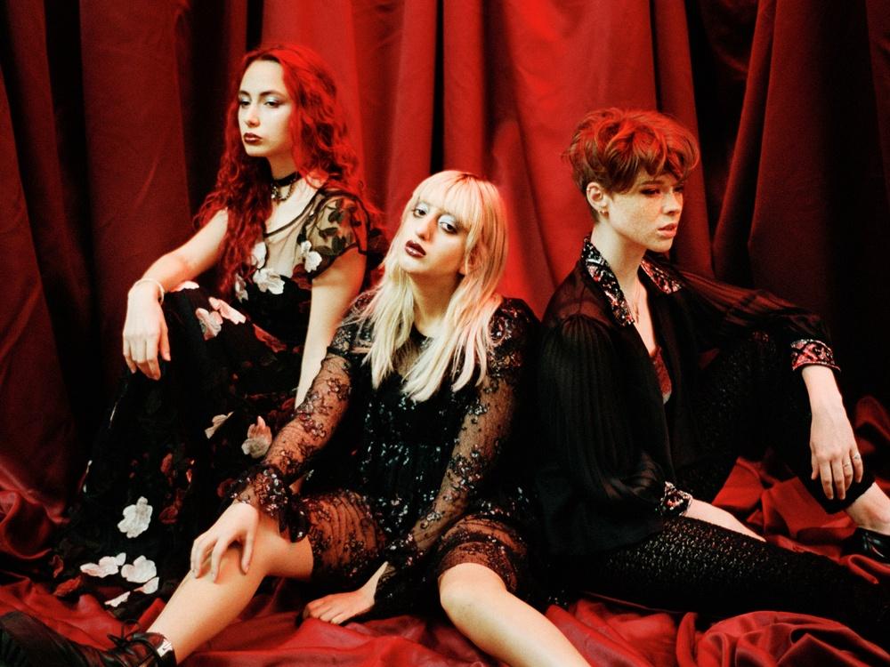 I vår intar Dolores Haze Södra Teatern med Broken Hearts Club – en hemmafest med fokus på pop, pop-punk och rock.