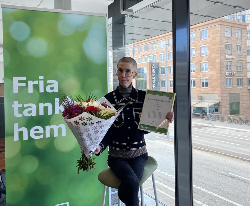 Stina Oscarson, Folkbildningspriset 2021. Foto: Studieförbundet Vuxenskolan.
