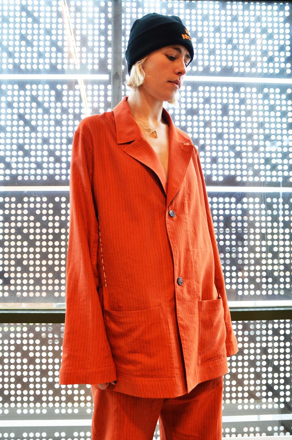 På Elle-galan 2020 bar Johannes Leijonborg och Adele Gillardeu kreationer från sin kommande kollektion AW2021 från det egna, prisbelönade märke Johannes Adele.
