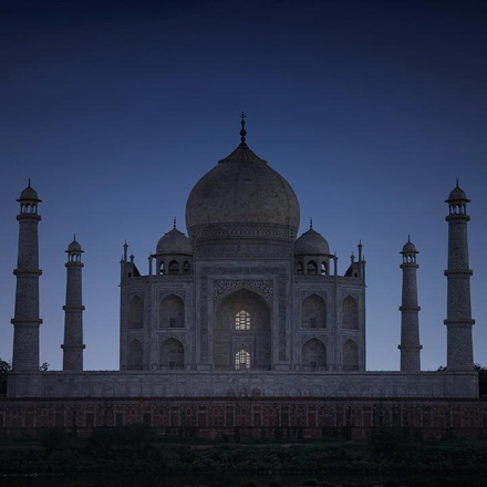 Taj Mahal Full Moon Night Tour from Delhi