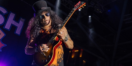 Slash featuring Myles Kennedy and The Conspirators prove their legendary status – photo gallery