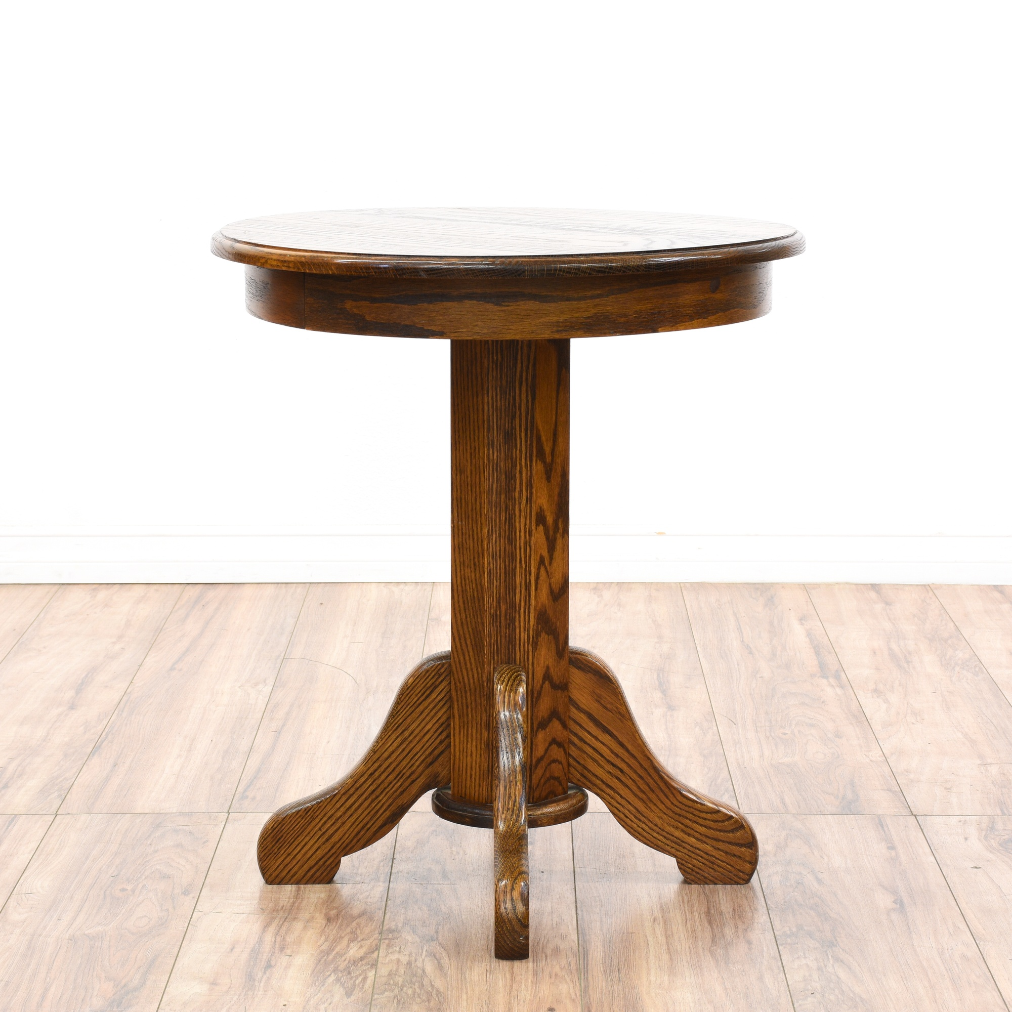 Oak Pedestal Table ~ Round oak pedestal end table loveseat vintage furniture