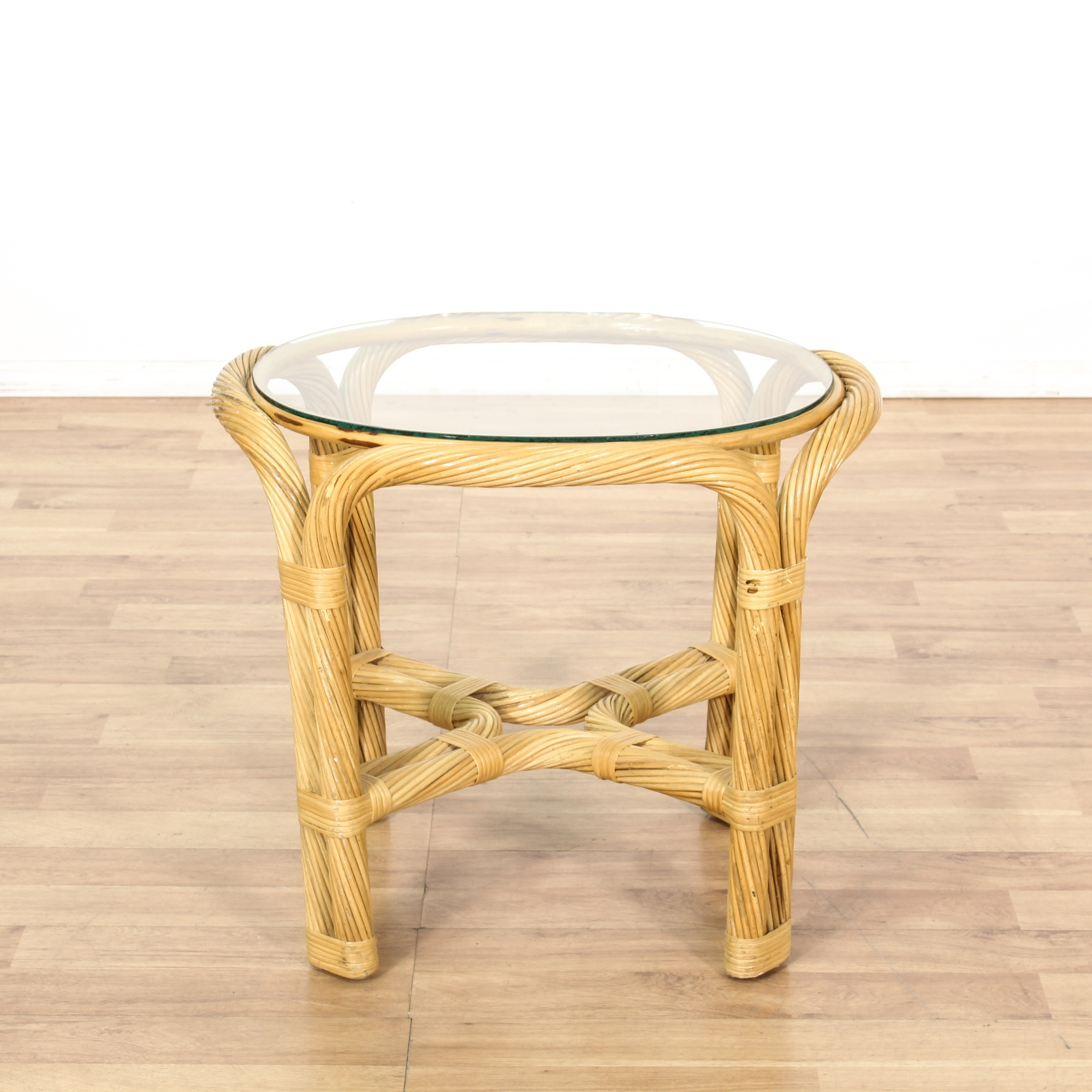 Small Round Wicker Glass Top End Table Loveseat Vintage