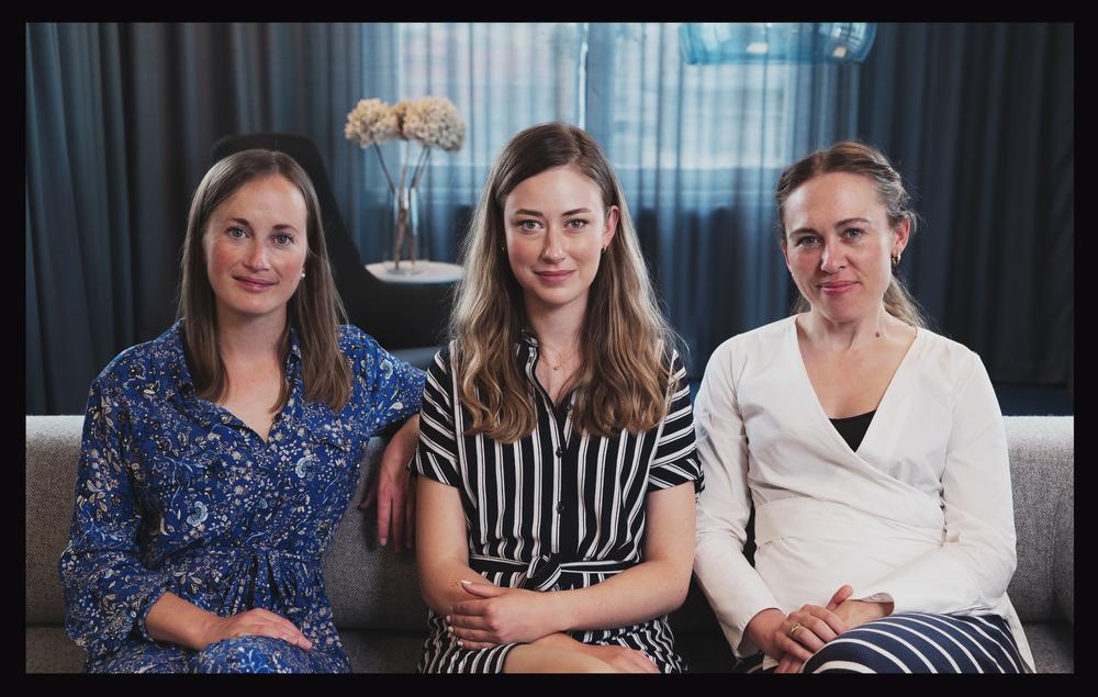 Fra venstre:  Christine Gouldthorp, presseansvarlig UK Evelina Galli, presseansvarlig Sverige Katrine Barslev, presseansvarlig Danmark