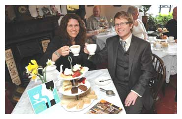 Roy and Alison Hayward of the Bridge Tea Rooms
