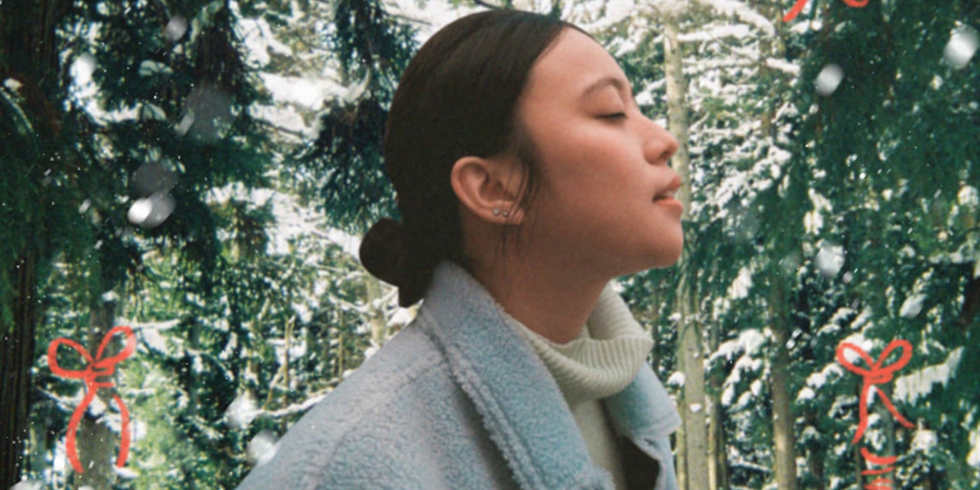 Reese Lansangan welcomes the holiday spirit with a Christmas medley and virtual reality light show