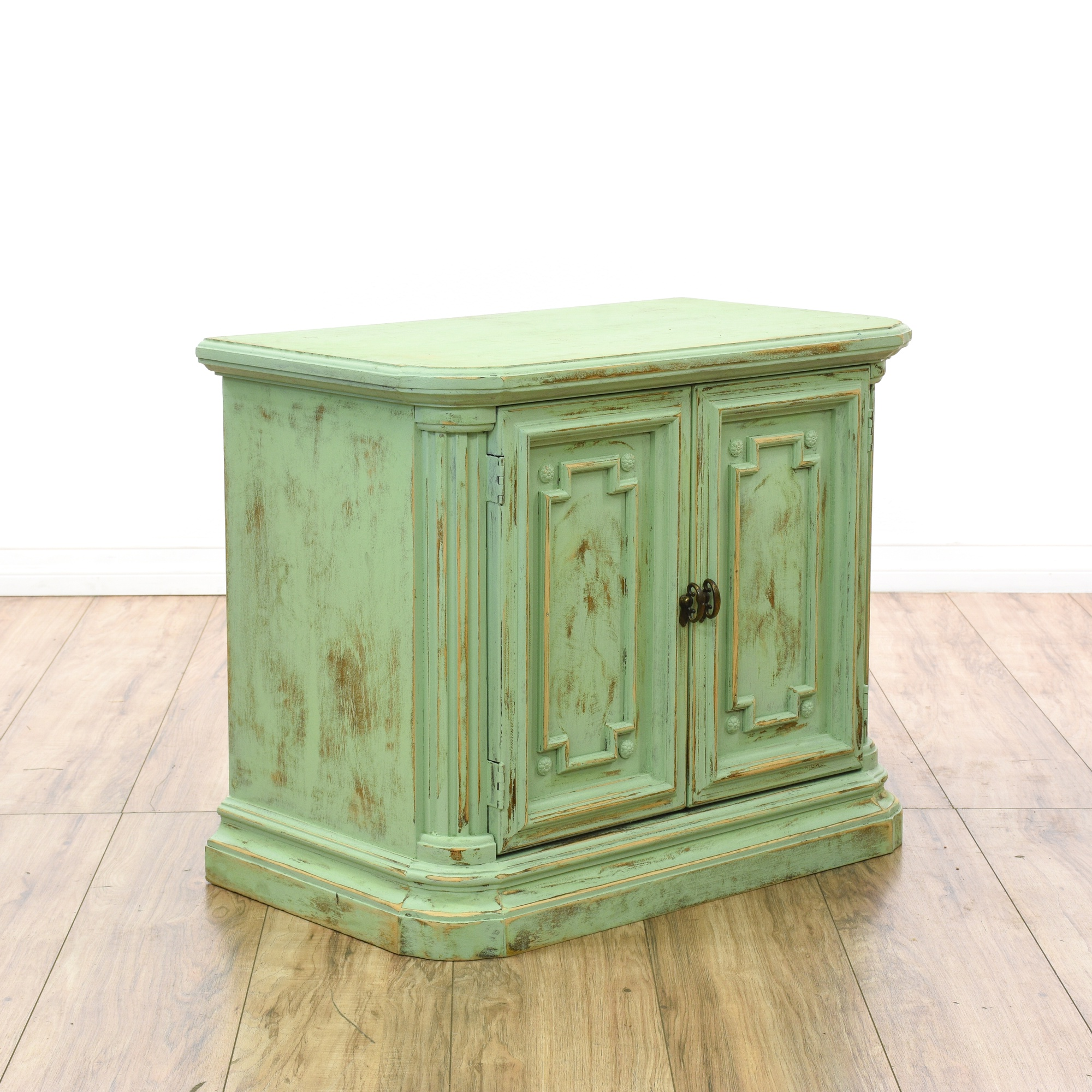 green shabby chic carved foyer cabinet loveseat vintage furniture san diego los angeles. Black Bedroom Furniture Sets. Home Design Ideas