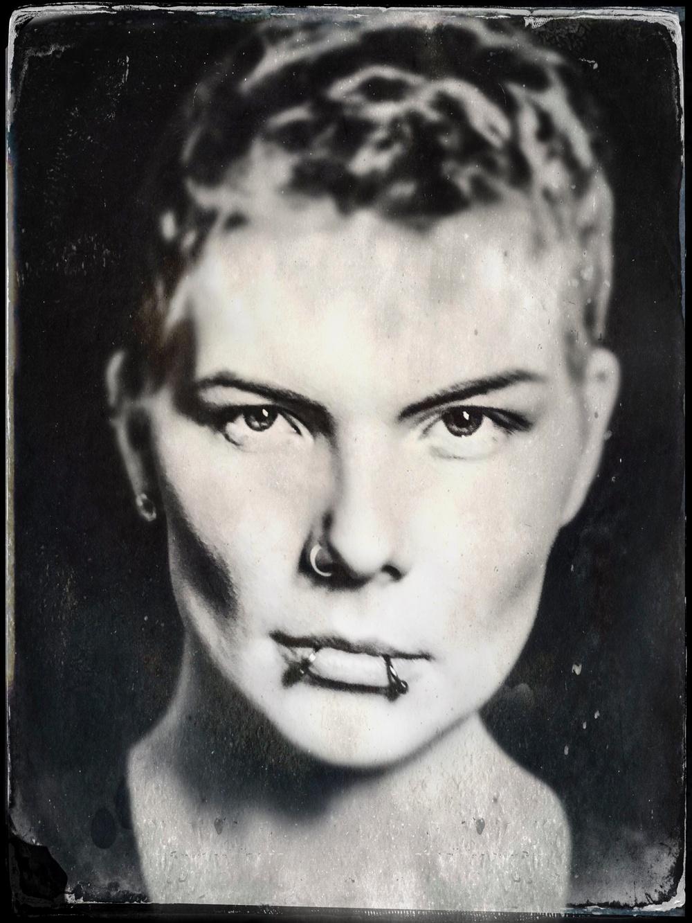 Fotot är skapat med ålderdomlig daguerreotypi-teknik, en fototeknik som användes på 1800-talet. Foto: Elisabeth Ohlson Wallin.