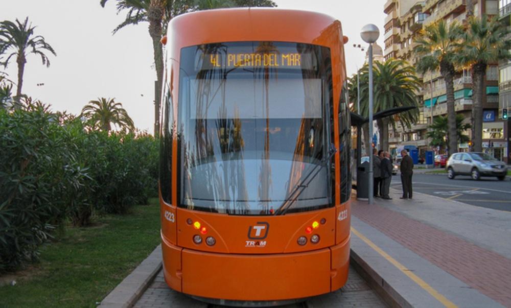Bild på spårvagn i Alicante.
