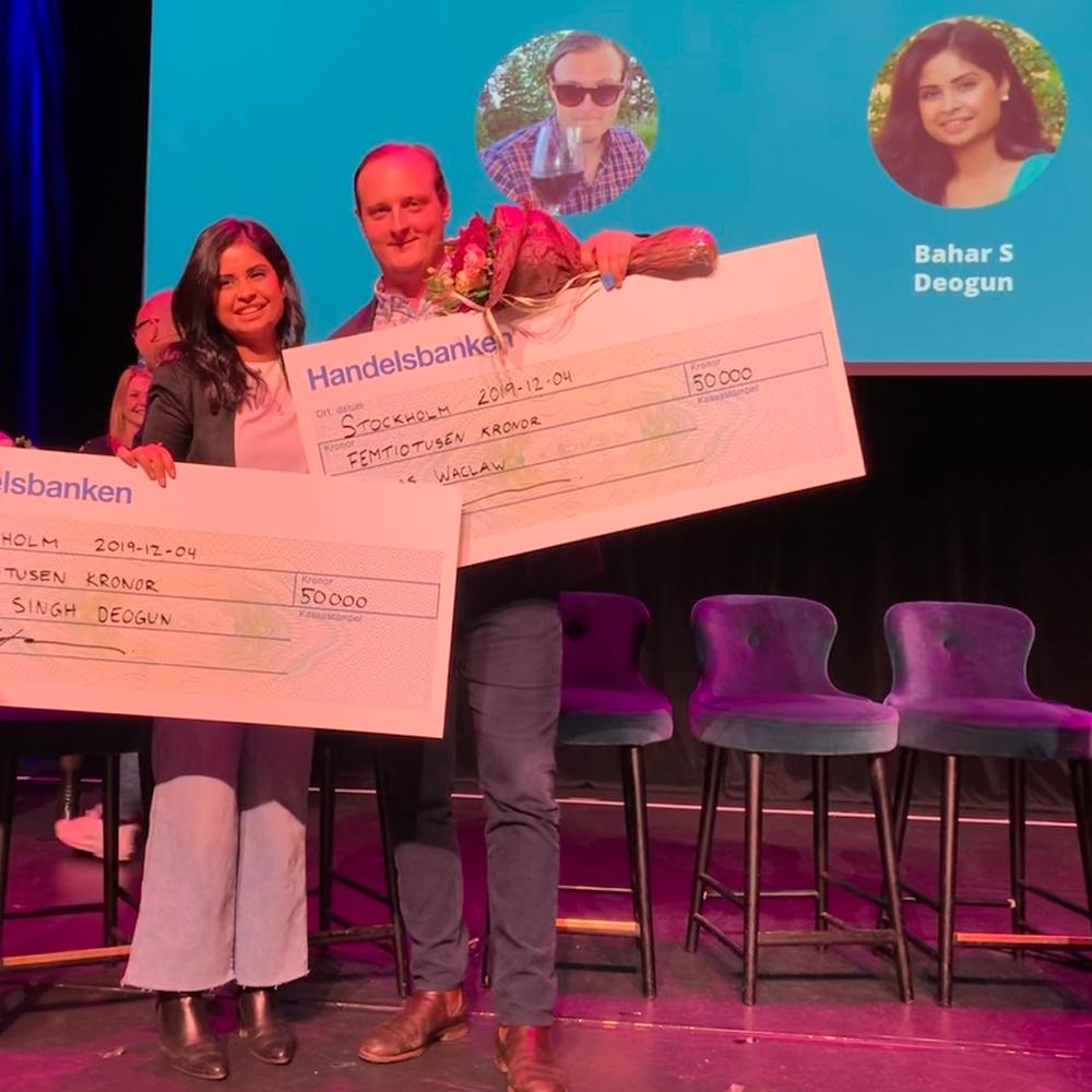 Bahar Singh Deogun, platschef STF Gärdet, och Niklas Waclaw, restaurangchef och sommelier Restaurang Galleriet, vann Årets unga branschstjärna.