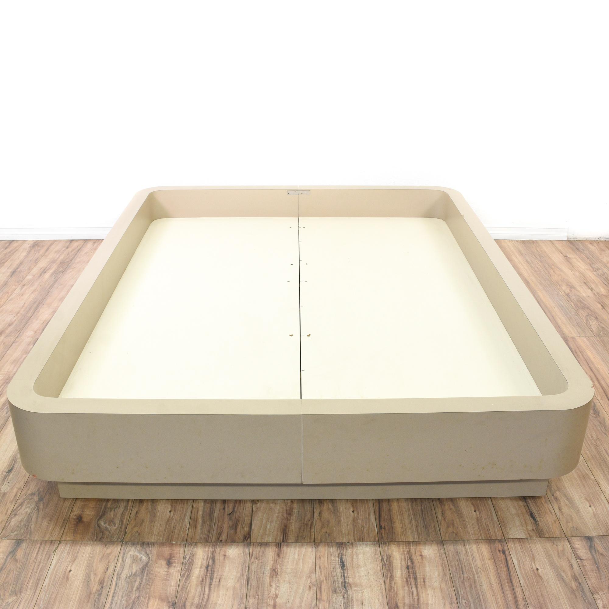 retro off white queen platform bed frame loveseat vintage furniture san diego los angeles. Black Bedroom Furniture Sets. Home Design Ideas