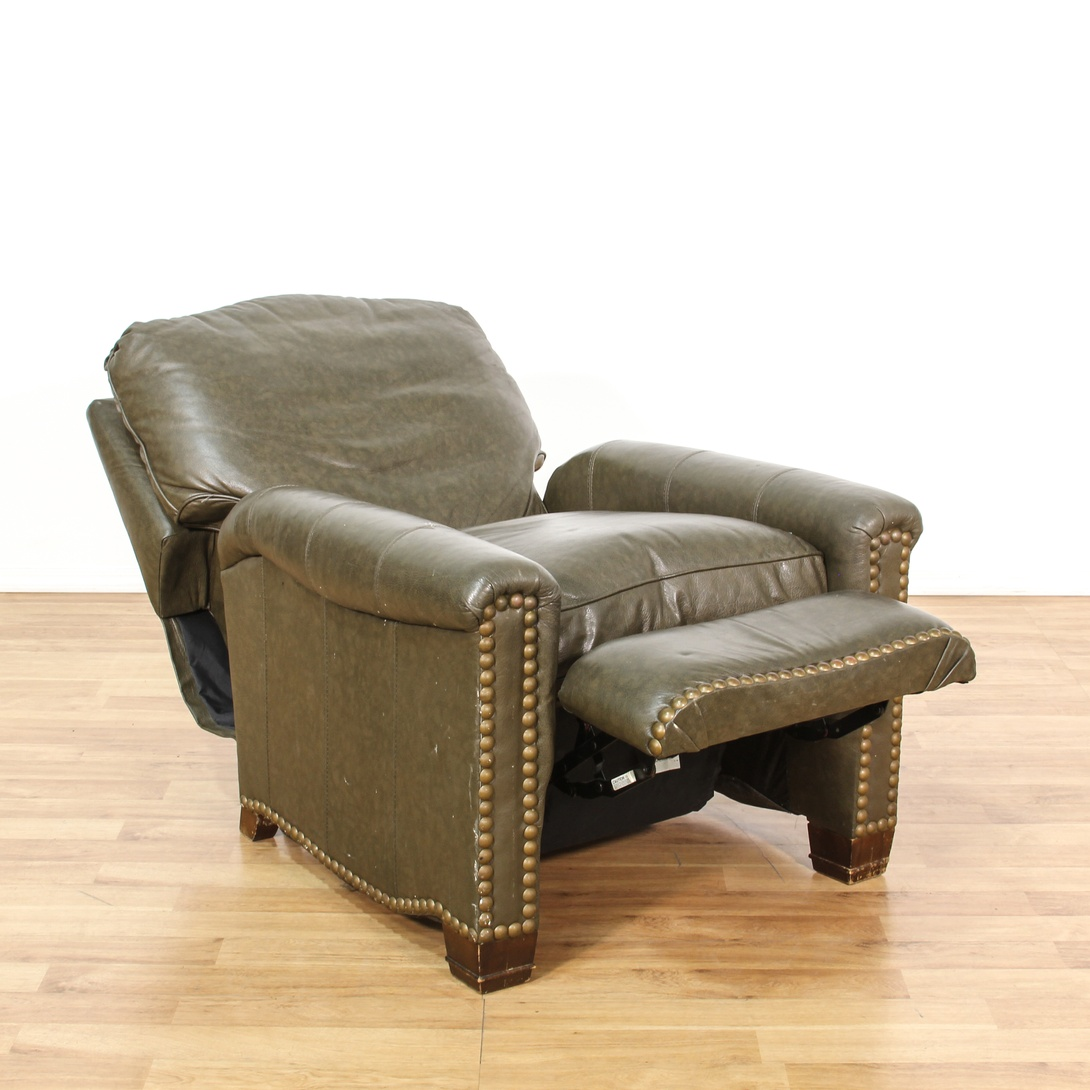 Brown leather vinyl studded recliner chair loveseat for Brown leather couch with studs